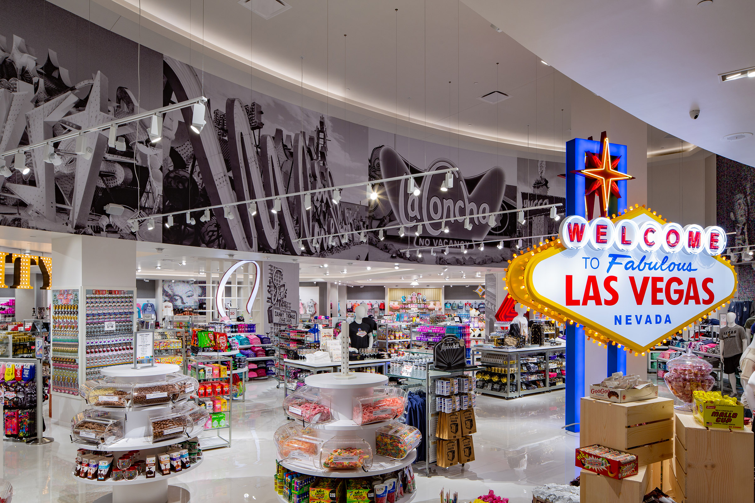 Welcome To Las Vegas Merchandise Displays